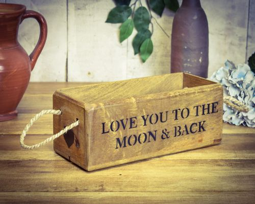 Vintage Box Small, Love You To The Moon & Back